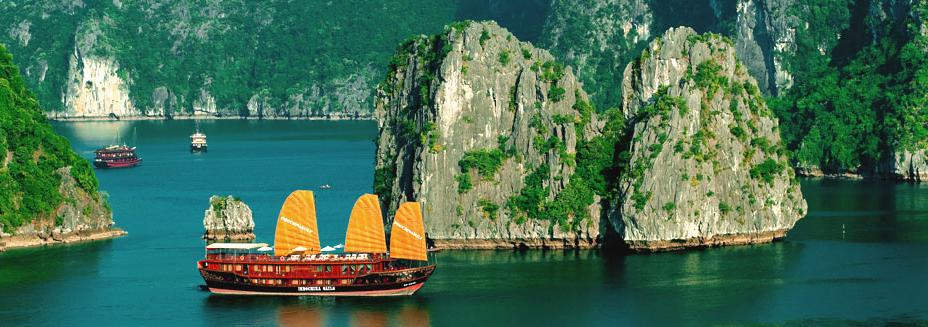 Bai Tho junks Halong bay vietnam
